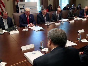 特朗普指對華談判進展順利 官員指或撤銷12月徵稅 (圖片:路透社)