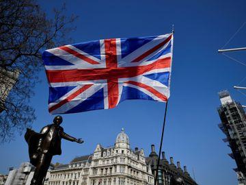 英國簽証 BNO 港版國安法 英國首相 約翰遜 投資移民 工作移民 創業移民
