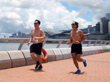 跑步 戴口罩 口罩 做運動