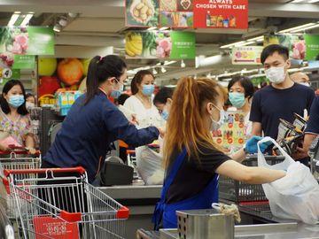 第二期保就業計畫, 無理裁員, 香港財經時報HKBT