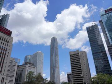 香港重新出發, 價值觀, 撥亂反正, 桂山島發展計劃, 德政, 香港財經時報HKBT