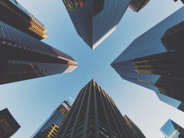 新舊經濟股, 小米股價勁升, 南方東英恒生科技指數etf