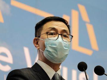 開學, 楊潤雄, 教聯會, 香港財經時報HKBT