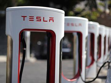 Tesla, 特斯拉, 電動車, Elon Musk, 美股, Amazon, 新經濟, 香港財經時報HKBT