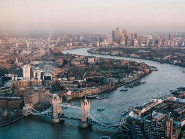 移民英國-英國失業率2020-英國樓價飆升-樓市泡沫-失業-重稅-香港財經時報HKBT-