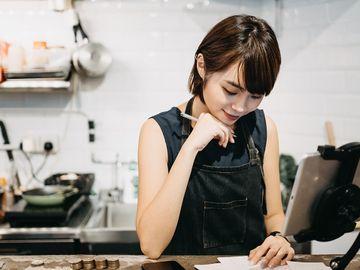 保就業-僱主-工資補貼-Facebook-小型企業補助計劃-香港財經時報HKBT