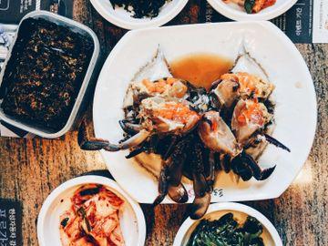 食物中毒-醉蟹醬油蟹有蟲-寄生蟲-肺吸蟲病-症狀-預防感染方法-霍亂弧菌-副溶血性弧菌-香港財經時報HKBT-