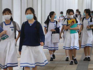 中學校長-學生-以步代車-行路上學-林日豐-學校-染疫風險-防疫意識-香港財經時報HKBT