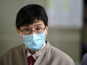 袁國勇-新冠病毒-口腔感染-污染食物-手部接觸-染疫-香港財經時報HKBT