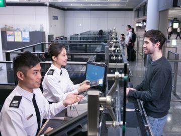 政府公務員-職位招聘-入境事務助理員-入境處-面試攻略-香港財經時報HKBT