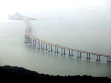 施政報告2020-中港車牌-港珠澳大橋-私家車-屯門赤鱲角隧道公路