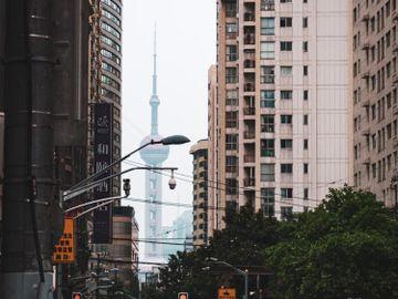 內房負債-買大陸樓-危險-內地樓市-風險-爛尾-唔抵買-香港財經時報HKBT