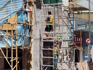 建造業總工會-失業率-凍薪-扎鐵人工-日薪-香港財經時報HKBT