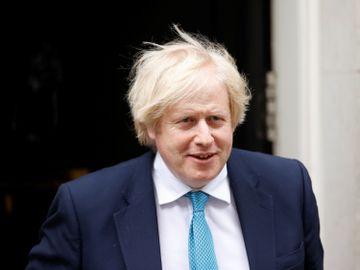 約翰遜辭職-英國首相-領導人薪酬-林鄭月娥-李顯龍-香港財經時報HKBT