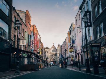 移民愛爾蘭費用-移民簽證-愛爾蘭投資移民-香港財經時報HKBT