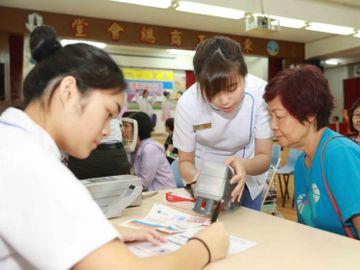 國泰裁員-仁安醫院-機艙服務員-空中服務員-醫護助理-香港財經時報HKBT