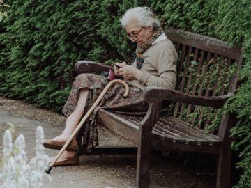 年齡-110歲老人-女性-百歲老人-女人-男人-長命-抗衰老-香港財經時報HKBT