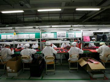 富士康-iPhone-生產訂單-離職返崗-旺季返費-香港財經時報HKBT