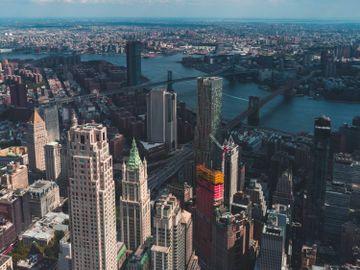 息率低-買樓-買地-香港人投資美國地皮-回報-風險-稅率-香港財經時報HKBT