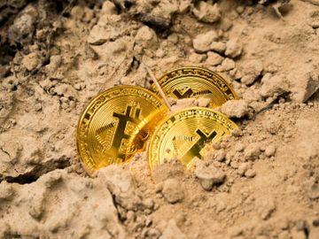 虛擬貨幣-Bitcoin-升幅-投資-比特幣-黃金-香港財經時報HKBT