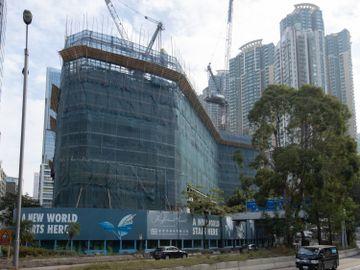 新世界發展-鄭志剛-長沙灣荔枝角道888號甲級寫字樓項目-首輪30伙一小時沽清套現6億-有投資者斥資逾8,500萬買4伙-香港財經時報HKBT