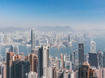2020十大財金大事-香港人-疫情-香港財經時報HKBT