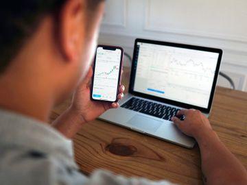 股息-評估股份價值方法-分析派發股息-股價-影響-龔成-香港財經時報HKBT