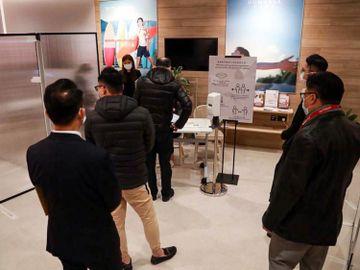 新世界發展旗下長沙灣荔枝角道888號甲級寫字樓項目-一周內沽74伙套現逾13億元-香港財經時報HKBT