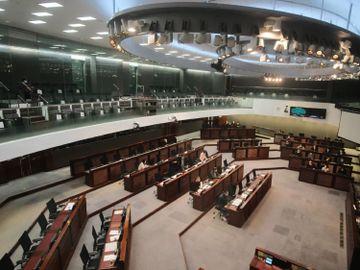 2020十大財金大事回顧-香港-投資部署-防守為上-香港財經時報HKBT