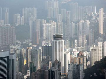 美銀報告-2021-香港人-賣樓-取強積金-移民英國-資金外流-香港財經時報HKBT