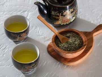 綠茶-抗炎-抗氧化-減肥-兒茶素-EGCG-冠心病風險-健康-香港財經時報HKBT