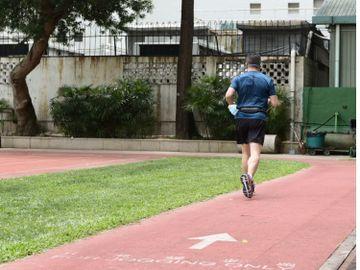 跑友注意-康文署運動場-跑道重開-入場跑步-注意事項-香港財經時報HKBT
