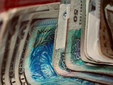 家庭收入配置法-4321理財法則-理財方法-儲錢