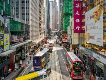 恒指-青島啤酒-美國紓困方案-美國國債-科技股-舊經濟-香港財經時報HKBT