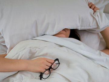 失眠-失眠原因-壓力-焦慮-解決方法-深層睡眠-香港財經時報HKBT