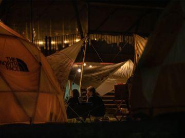 兩夫婦嘗試露營後覺悟-為儲錢決定大屋搬細屋-3招做到年儲67%人工-香港財經時報HKBT
