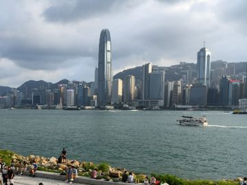 西九龍-海景樓王-呎價-97樓市-香港財經時報HKBT