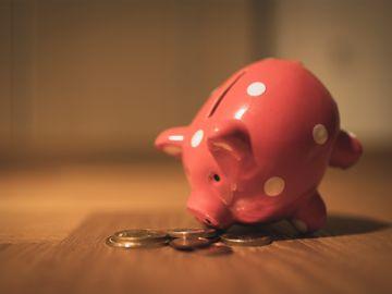 調查-逾半超級儲蓄者30歲前開始投資-計劃比父母更早退休-儲蓄達人教路3個有效理財法-香港財經時報HKBT