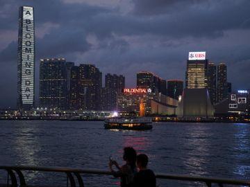 長和集團-李嘉誠-港口業務-能源業務-電訊業務-香港財經時報HKBT