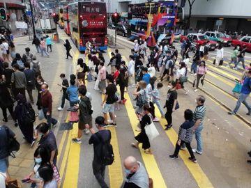 iBond2021-iBond派息-iBond回報-4個準則揀iBond替代品-10隻低波幅收息股-入場費10000元有找-香港財經時報HKBT