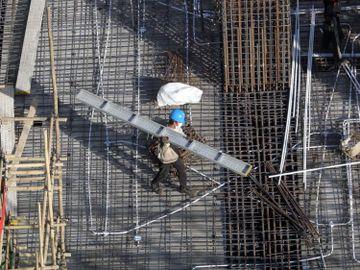香港失業率下跌-逾23萬人無工開-工聯會指六成人失業或開工不足-4項建議幫打工仔-7月20日及21日舉辦旺角招聘會-香港財經時報-HKBT