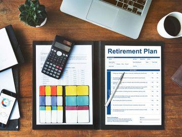 理財方法-準備10年內退休-計劃時要留意甚麼-3個關鍵問題要想清楚-香港財經時報HKBT