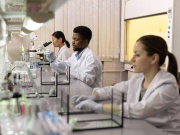 億勝生物科技分析,中期盈利多賺逾2倍,績優股目標9.3元攻略,鄧聲興,有聲有識,香港財經時報HKBT