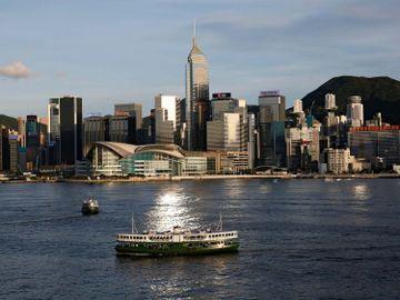 證監會致函中介機構-籲留意微信女-唱高散貨騙局-列出6大預警跡象促通報-香港財經時報HKBT