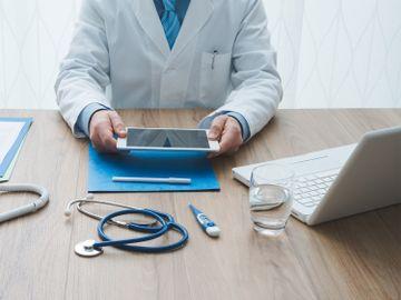 新股ipo-互聯網醫療股-增速快-醫脈通-四大賣點抽得過-京東健康-阿里健康-平安好醫生-大行點睇-入市策略-香港財經時報HKBT