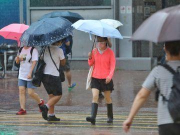 天文台-黑雨紅雨-勞工處-僱員補償修訂條例-極端情況-上班-香港財經時報HKBT