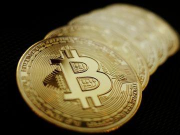 投資大師:比特幣恐跌至10,000美元 惟巴拉圭將Bitcoin列為法定貨幣
