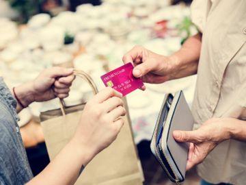 理財方法-用信用卡-影響信用評級-現金交易-安全-良好信貸評級-香港財經時報HKBT