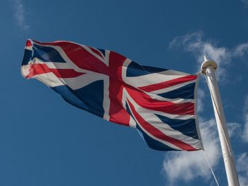 BNO, 英國移民, 港僑協會, 英國政府支援不足, 工作, 住屋, 資助, 香港財經時報HKBT