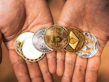 加密貨幣, 美否決加密貨幣稅改, 狗狗幣熱狗, 幣市最新行情, 比特幣, 以太幣, 香港財經時報HKBT